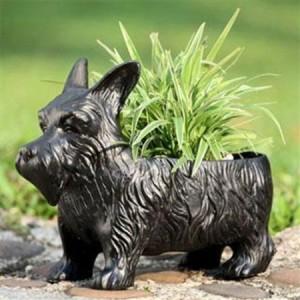 Dog planter box